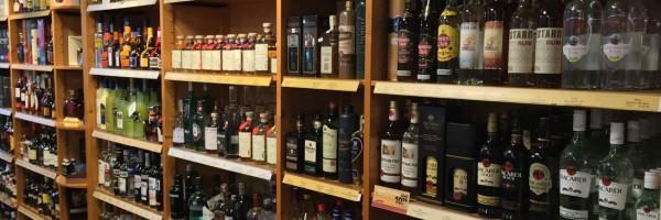Wijnhandel De Drie Dennen in omgeving RCN de Flaasbloem