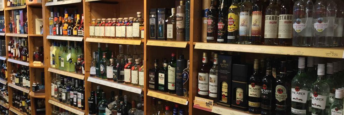 Wijnhandel De Drie Dennen in omgeving Baarle Nassau,