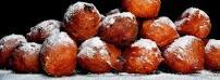 Warm gebakkene oliebollen met de Toeristendagen bij Viswinkel Ouddorp